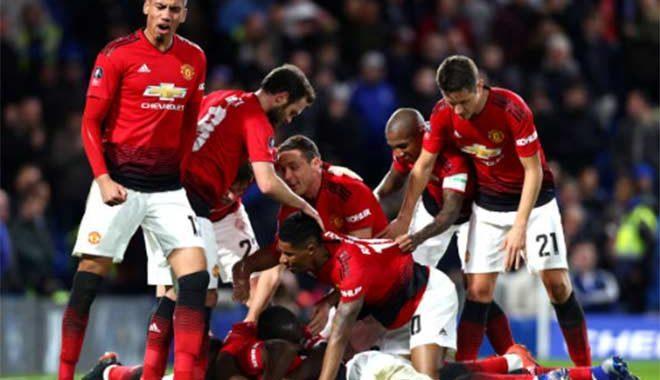 Chelsea – MU: Siêu sao bùng nổ, 2 cú đánh đầu siêu hạng