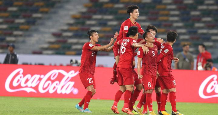 Làn sóng cầu thủ Việt xuất ngoại: Lời chào hàng đến các châu lục
