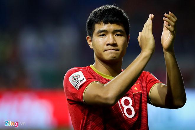 Hà Đức Chinh tỏa sáng trong trận derby xứ Quảng