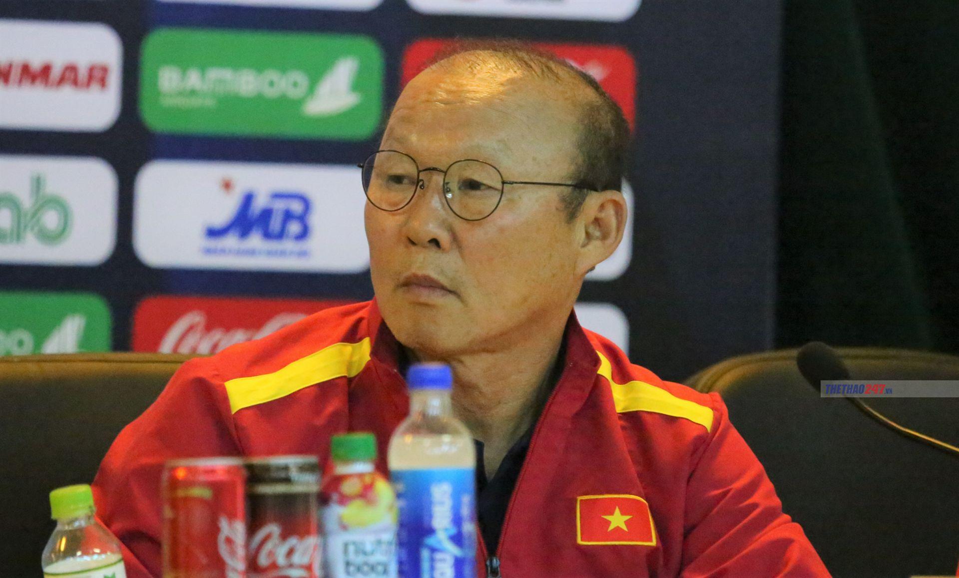 HLV Park Hang Seo: 'Việt Nam sẽ chơi tất tay với Indonesia'