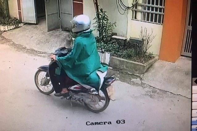 Toàn cảnh clip đối tượng bịt mặt cướp ngân hàng tại Phú Thọ