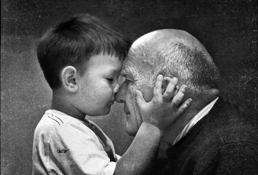Mơ thấy ông nội đánh con gì? số mấy? Giải mã giấc mơ thấy ông nội điềm báo gì?
